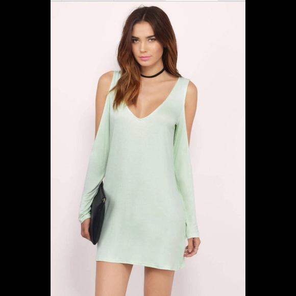 b97bdf646729 Tobi Dresses | Nwot Light Green Mint Vneck Mini Dress Large | Poshmark